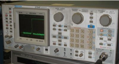 Picture of Spectrum analyzer, Tektronix 2754P